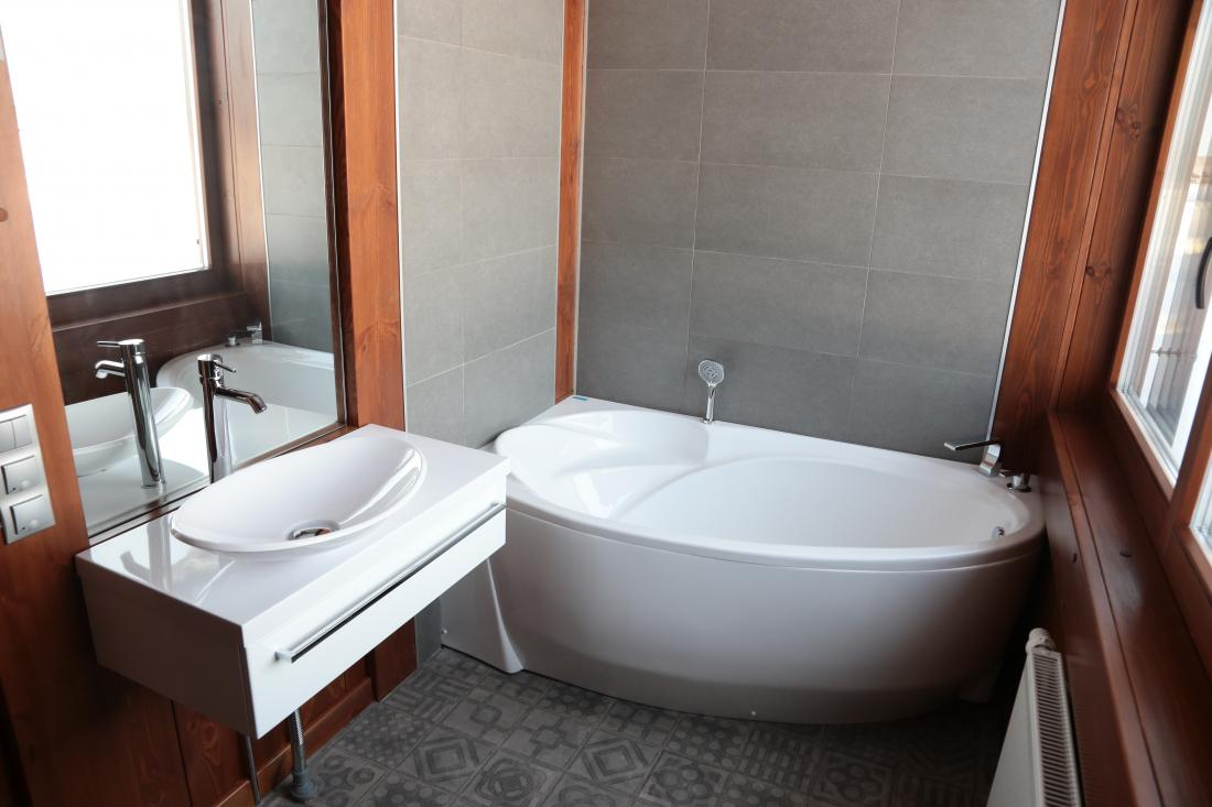 Интерьер фахверкого дома - ванна
