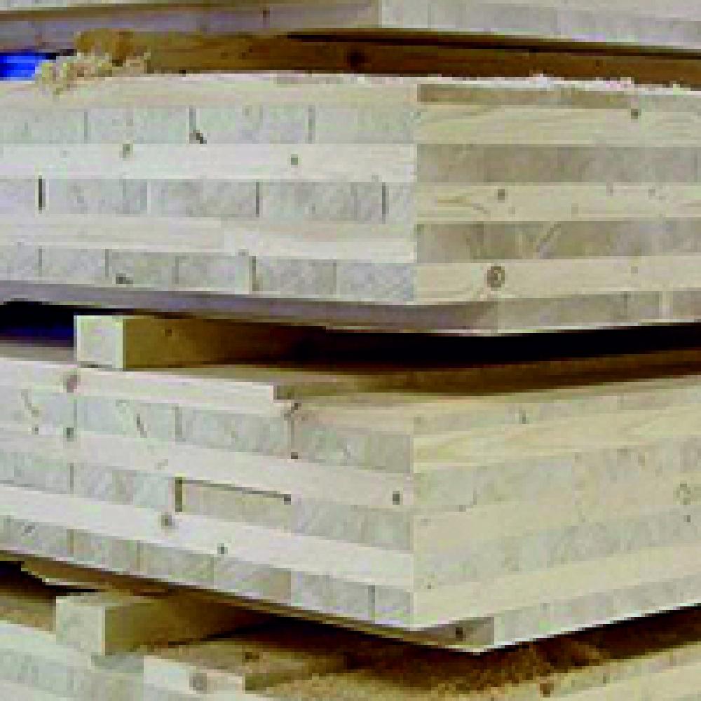 Так выглядит стеновая панель из клееного дерева для многоэтажного домостроения