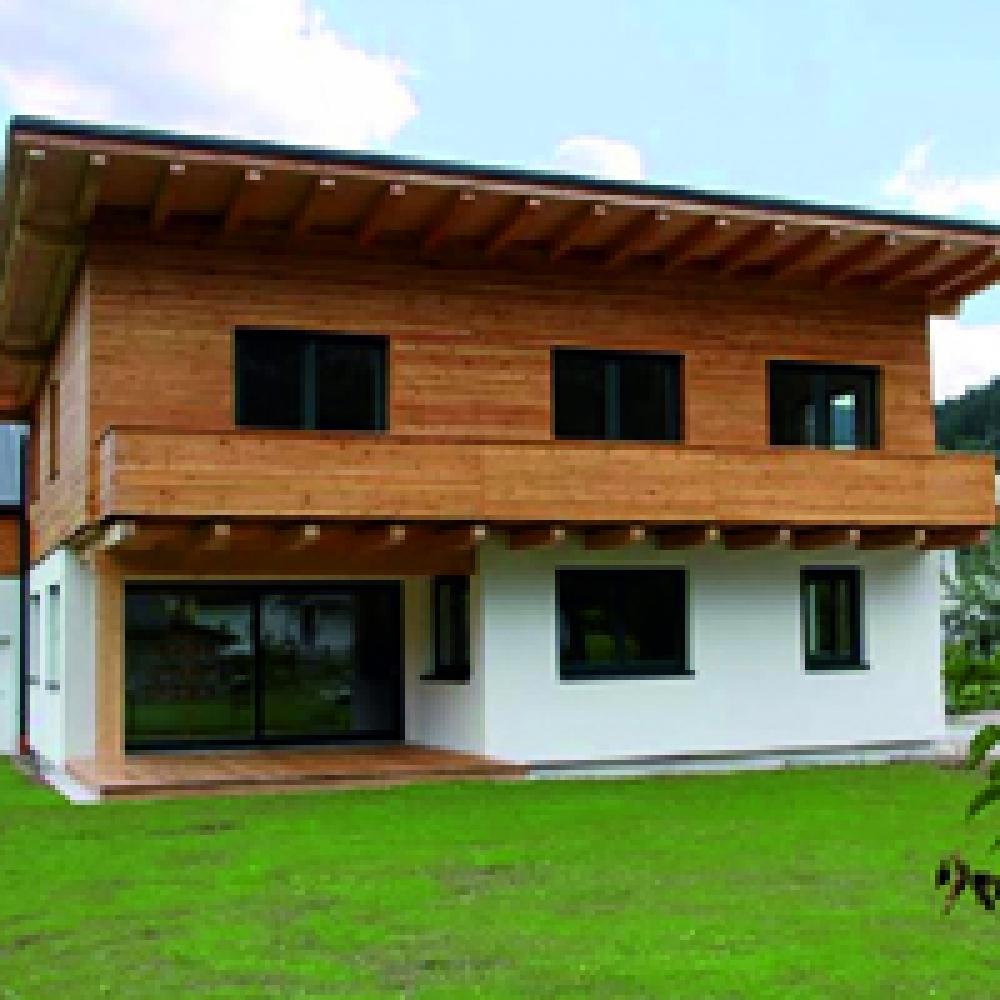 Панельный дом из стеновых клееных деревянных панелей