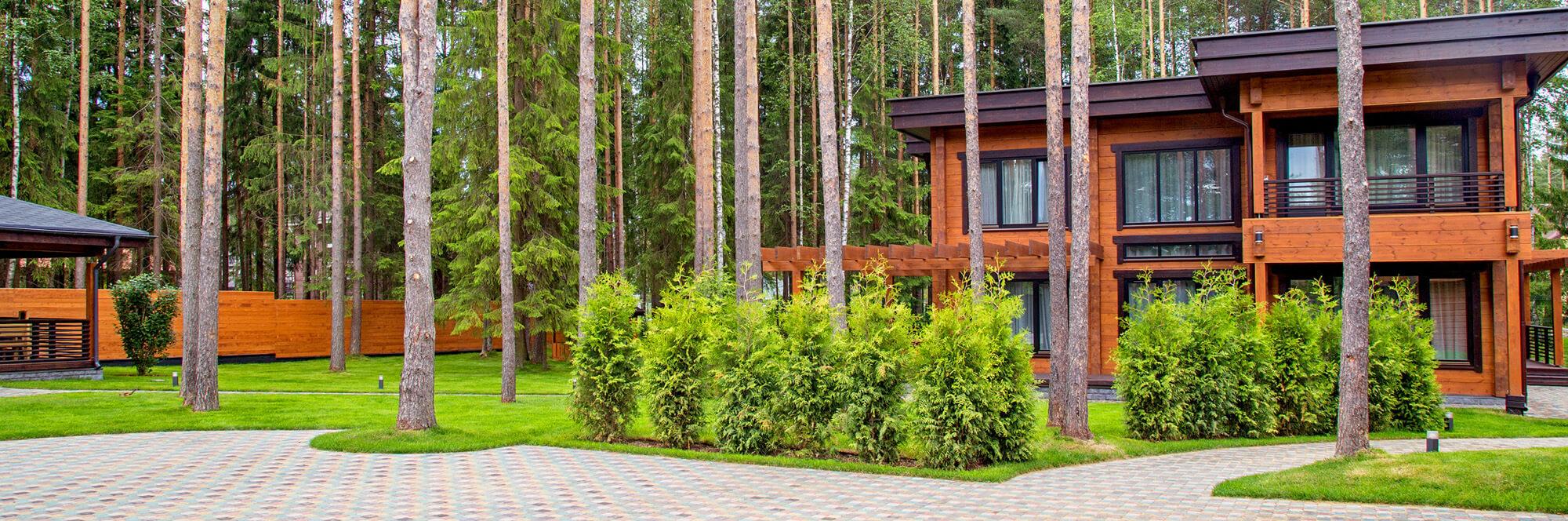 Деревянный дом из утепленного клееного бруса